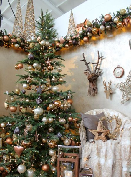 christmas decoration 1000+ ideas about Brown Christmas Decorations on Pinterest   Charlie Brown Christmas Decorations