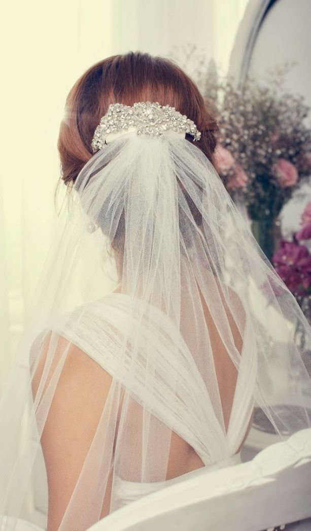 Bridal Accessories by Anna Campbell 2013 Collection - Belle the Magazine . The Wedding Blog For The Sophisticated Bride: