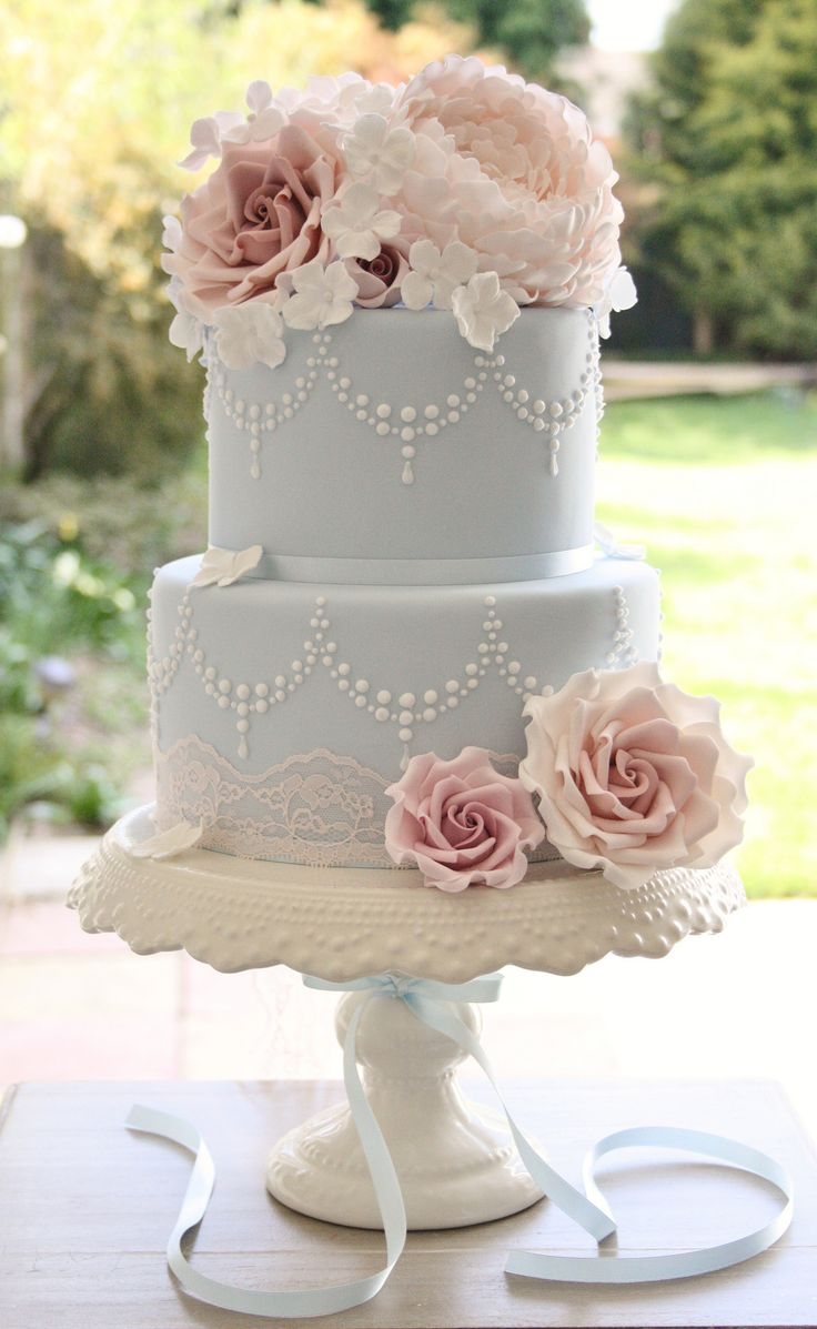 Wedding cake with vintage roses lace and piped swags  Favourite Fondant Cakes  Pinterest