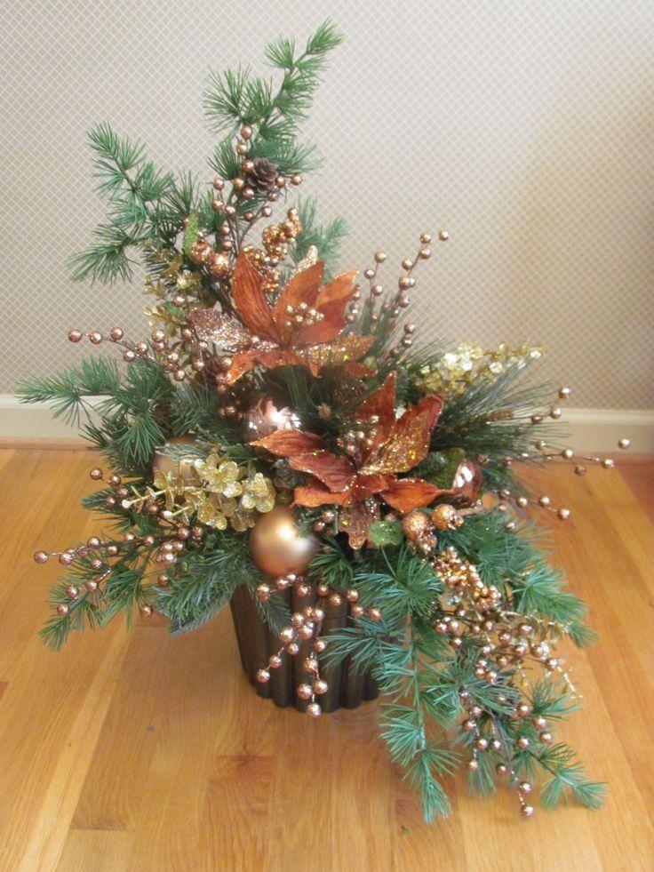 25 Best Ideas About Christmas Arrangements On Pinterest