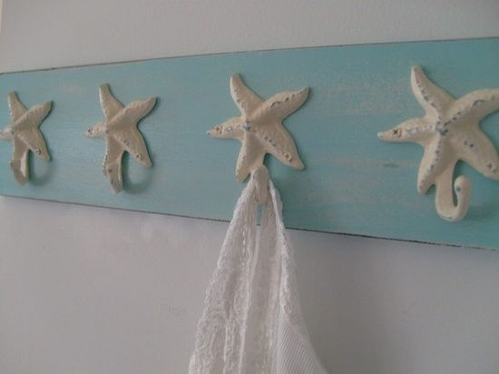 DIY Beach Decor | DIY Beach Decor / starfish hooks