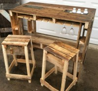 Wood pallet bar stools