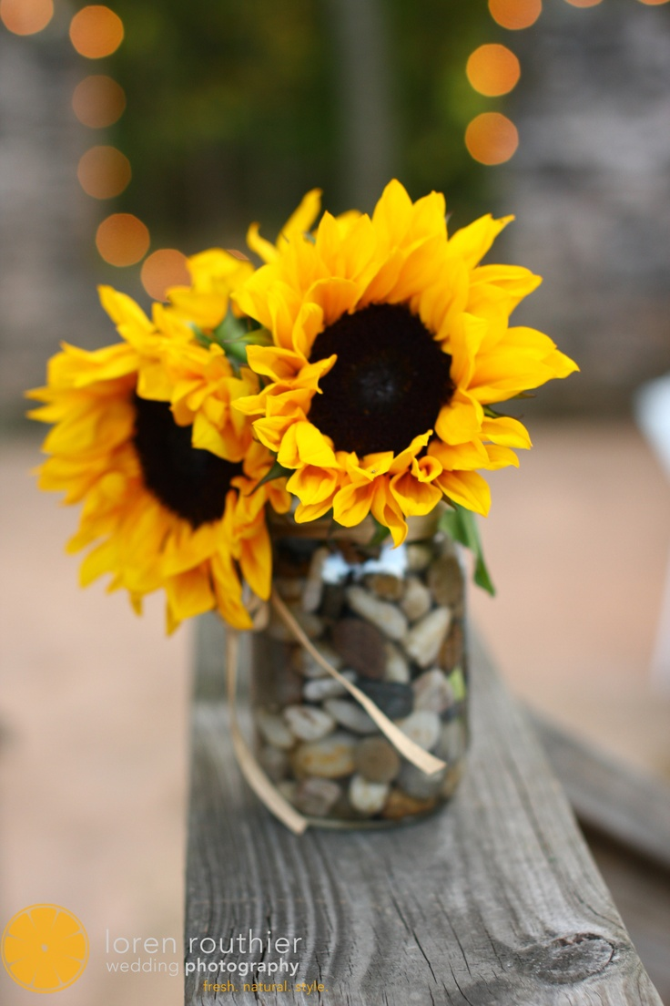 Diy centerpieces Centerpieces and Sunflowers on Pinterest
