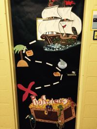 Pirate classroom door | Pirate theme testing | Pinterest ...