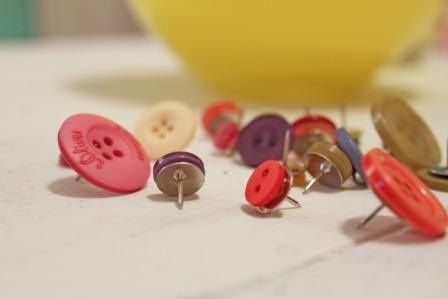 cubicle ideas | great use for those extra buttons- hot glue them to a thumbtack