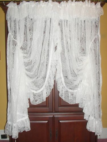 VINTAGE VICTORIAN CHIC PRISCILLA FRENCH COUNTRY NET FLORAL LACE DRAPES CURTAINS Lace Vintage