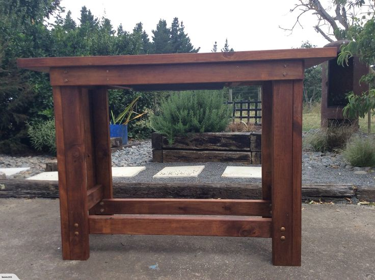 RUSTIC BAR LEANER With Drinks Tub Insert