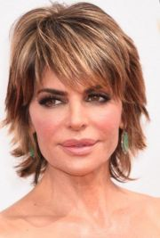 short layered hairstyles thick