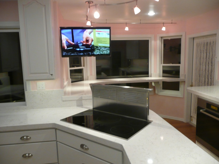 Miele Induction cooktop and downdraft vent Cambria