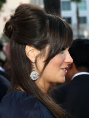 detail -quinceanera hairstyles
