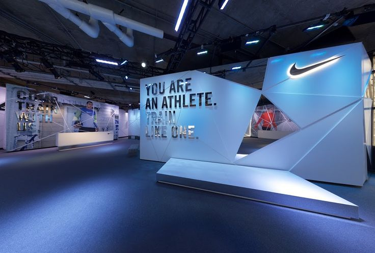 NIKE CHICAGO  ICEBOX on Behance  EXHIBITION  Pinterest  Creative Design and Retail