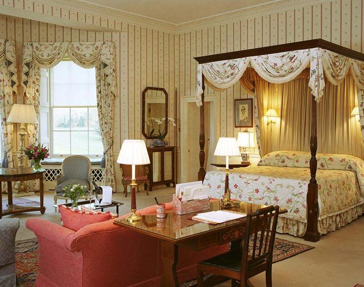 rooms in buckingham palace  Inside Buckingham Palace