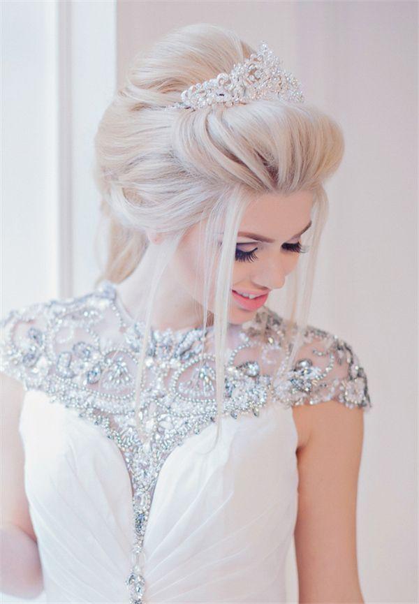 25 Best Ideas About Tiara Hairstyles On Pinterest Wedding Tiara