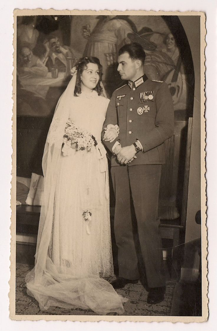 WW2 German Soldier Wehrmacht w Medals Bride  GERMAN