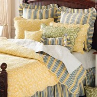 Blue bed linen, French country bedding and Country bedding ...