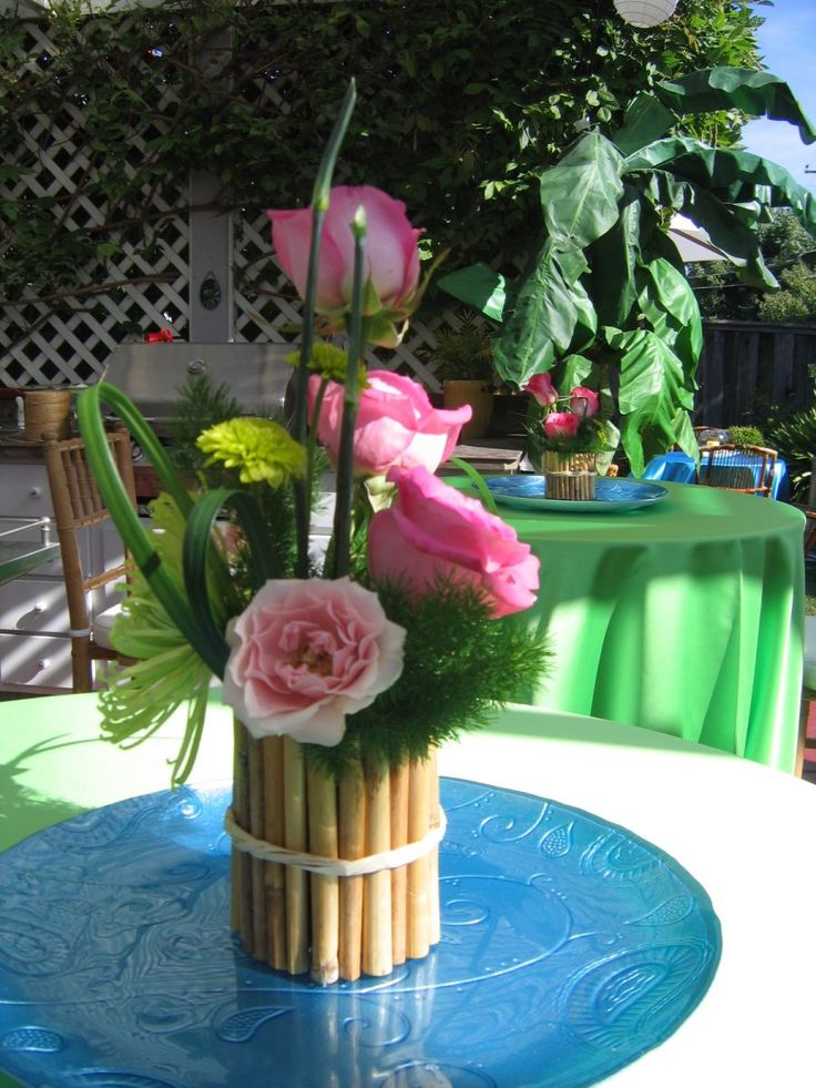 Sweet little centerpieces  Florida Keys Beach Weddings  Pinterest  Turquoise Flower and Charger