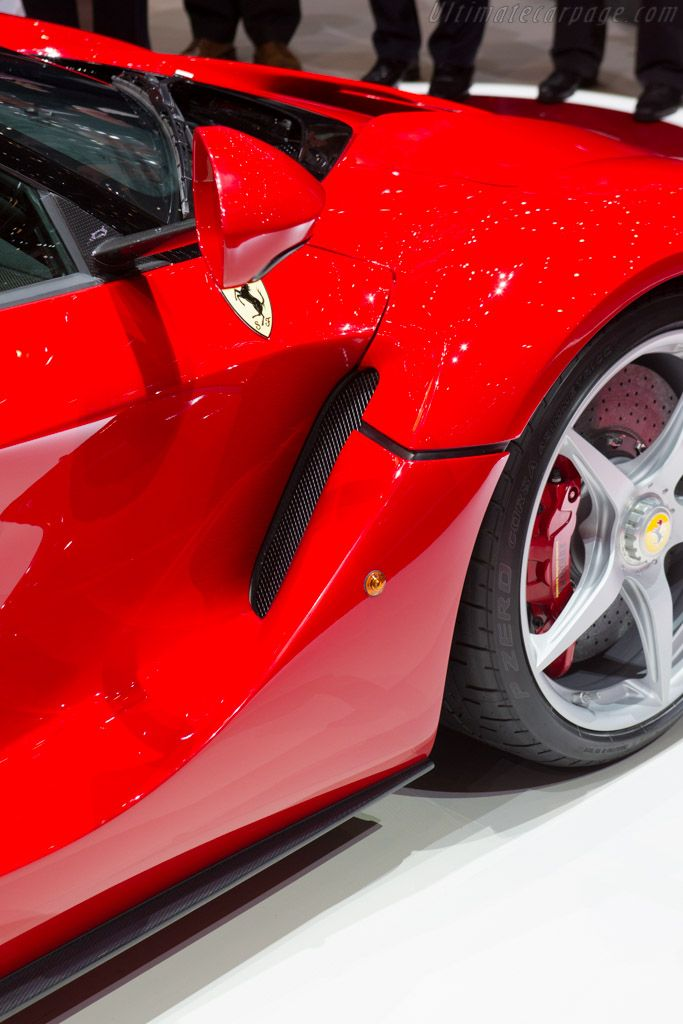 1000 Ideas About La Ferrari On Pinterest Ferrari