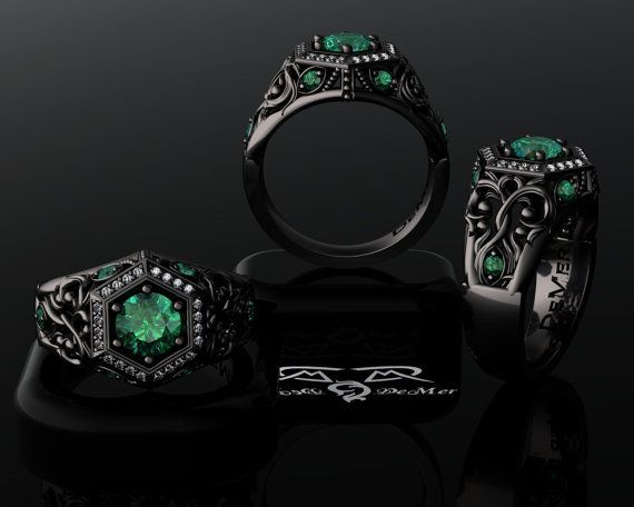 1000 images about Goth Engagement Rings on Pinterest  Engagement rings Gothic and Skull rings