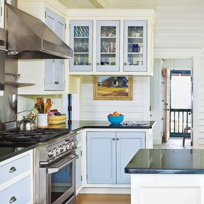26 Low Cost High Style Kitchen Upgrades Two Tones Two Tone Cabinets And Cabinets