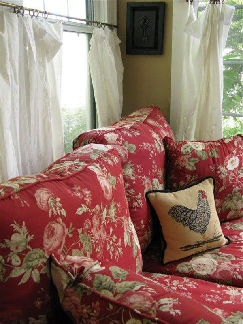 25 best ideas about Floral Sofa on Pinterest  English