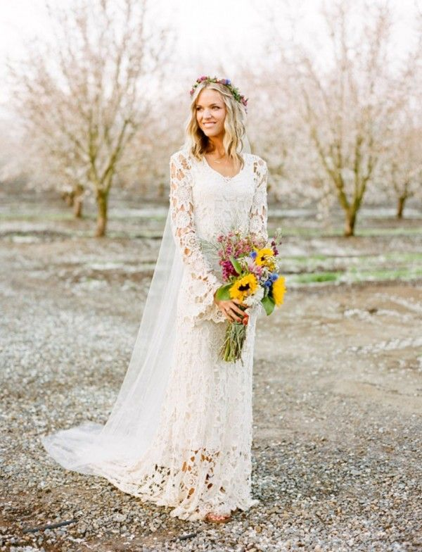 375 best images about Wind Lace and Snow on Pinterest  Lace Petite bride and Vintage wedding