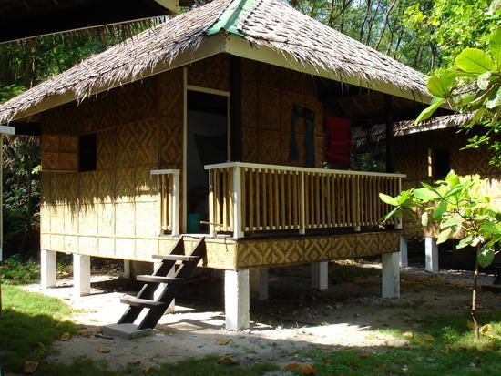 Houses Around The World Nipa Hut Simple Living Small Homes