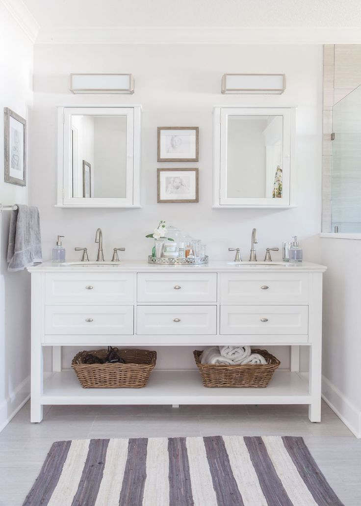 25+ best ideas about White Vanity Bathroom on Pinterest