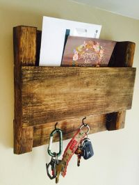25+ Best Ideas about Wooden Key Holder on Pinterest   Key ...