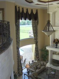 Dramatic Living Room Window Treatment
