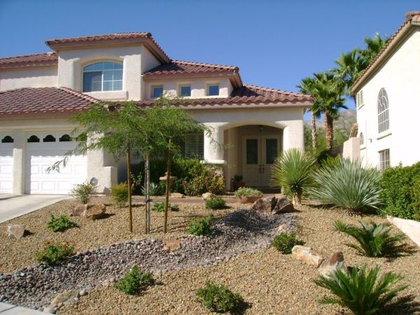 ideas desert landscaping