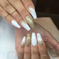 White + Gold glitter long coffin nails @reqmaria #nail # ...