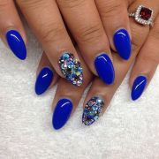 almond shaped nails love blue