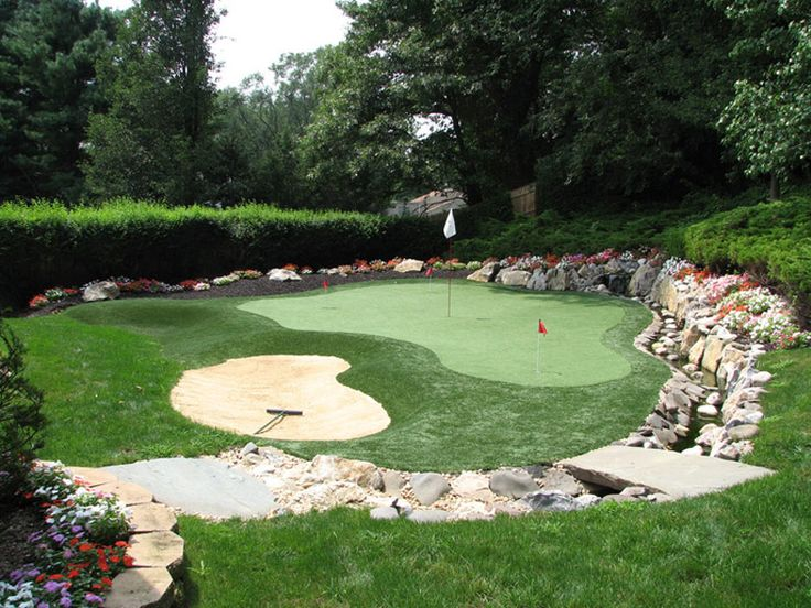 how to make a backyard putting green
