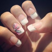 nails french tip design