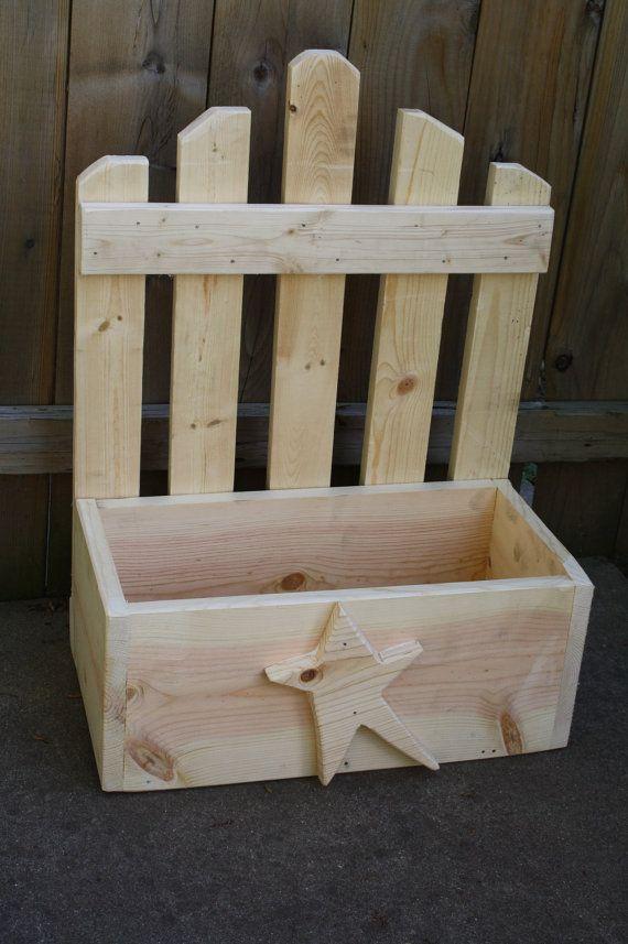 HandMade Primitive Wooden Picket Fence PLANTER BOX Wood Douglas Fir Custom Colors Sizes