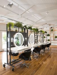 25+ best ideas about Beauty Salons on Pinterest