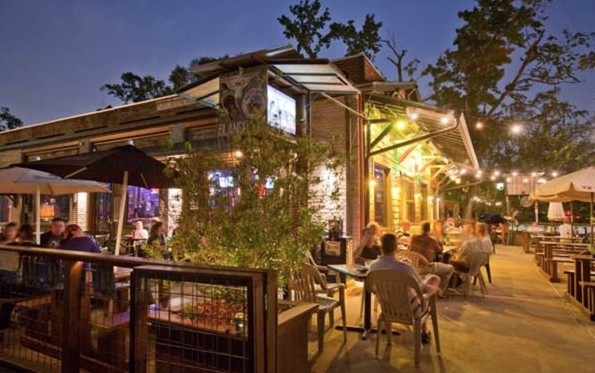 1000 ideas about Restaurant Patio on Pinterest  Restaurant tables Outdoor restaurant and