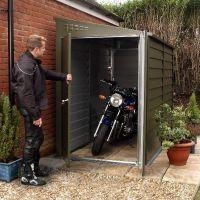 The 25+ best Motorcycle garage ideas on Pinterest