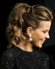 love curly messy ponytail