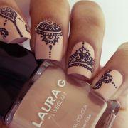 henna tattoo inspired nails nailed