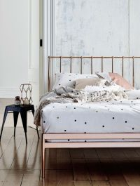 25+ best ideas about Gold bed on Pinterest | Dark teal ...