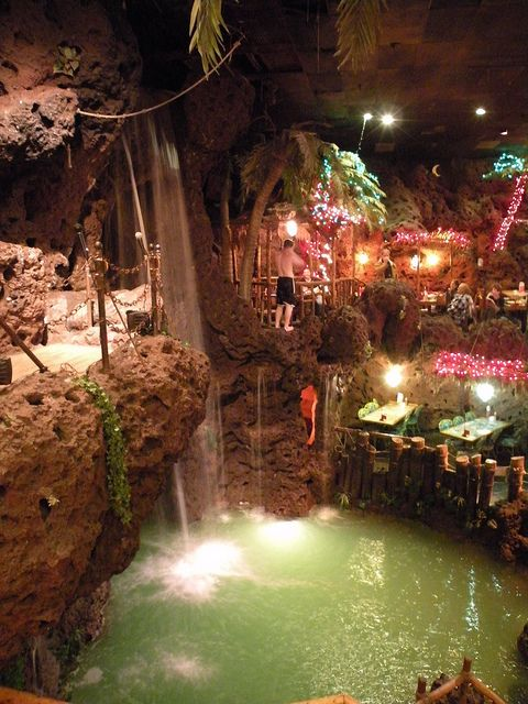 I love this place Casa Bonita restaurant Nothing like it