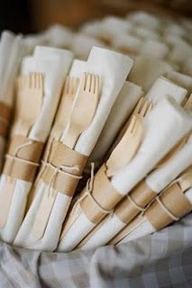 This is a very simple yet elegant way to set out the silverware for a picnic wedding party…for the outdoor rehearsal dinner