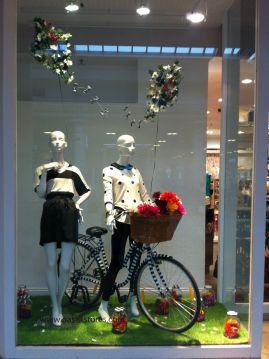 5 ideas para decorar tu escaparate en primavera blog retif - Niceday material oficina ...