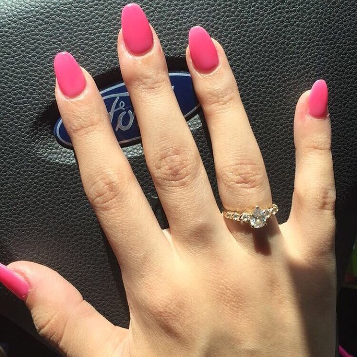 1000 ideas about Pink Oval Nails on Pinterest  Oval
