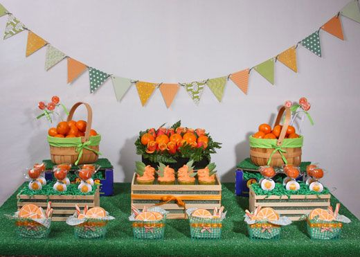 fruit stand display ideas using cutie boxes as part