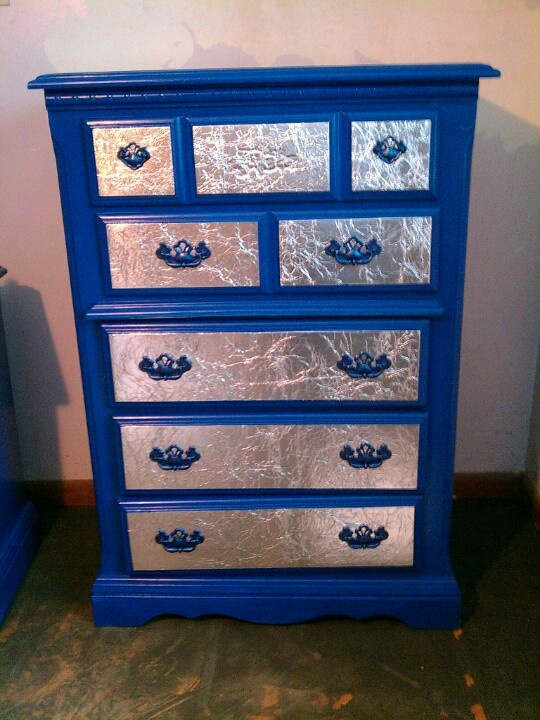 DIY Dresser makeoverBehr Blueberry Twist paint metallic blue spray paint handles and