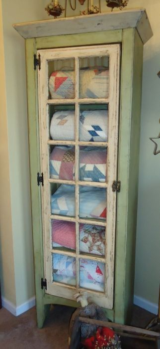 Best 25 Blanket storage ideas on Pinterest  Spare bedroom ideas Guest towels and Spare room decor