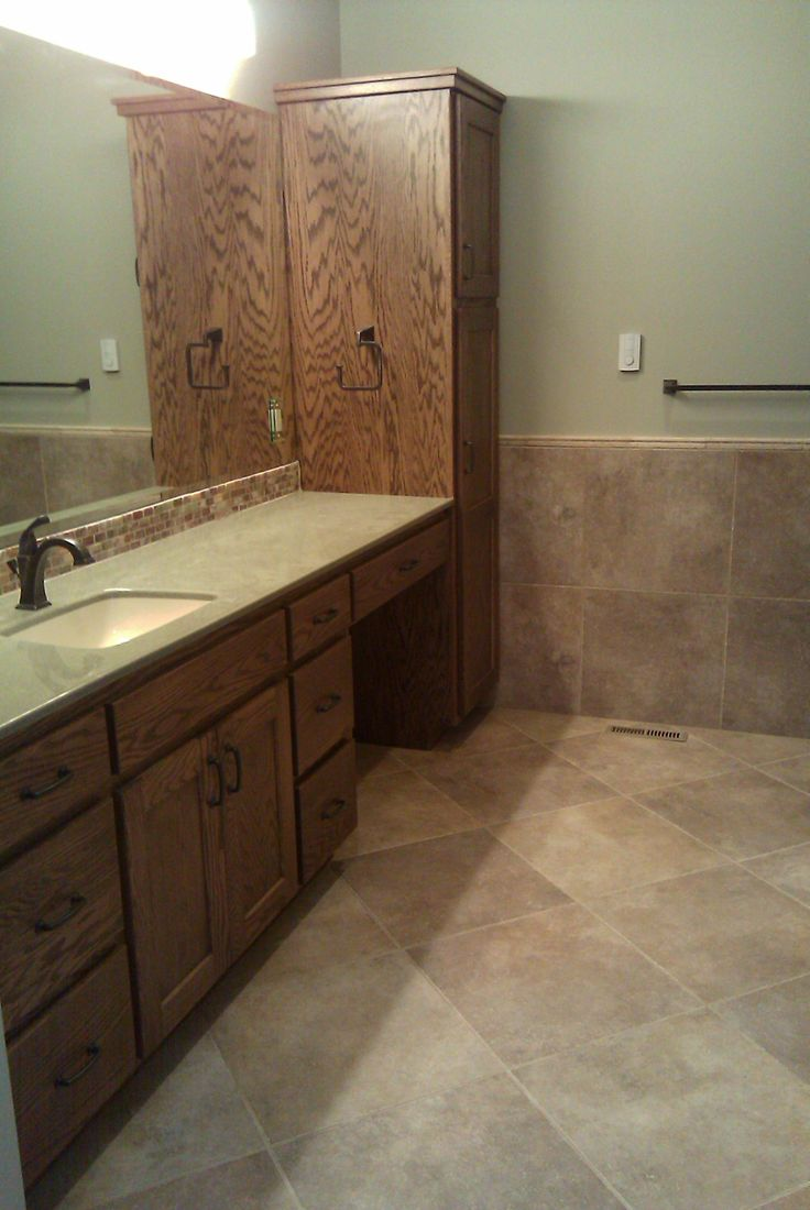 Marazzi walnut canyon cream 20x20 tile installed on 45