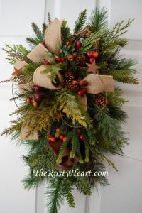 25+ best ideas about Christmas swags on Pinterest | Door ...